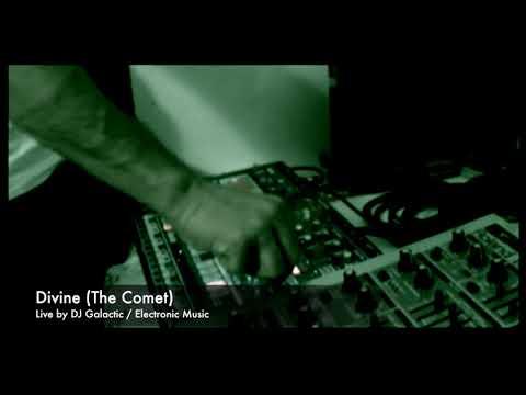 DJ Galactic - Divine  live on Korg EMX (The Comet 2018)