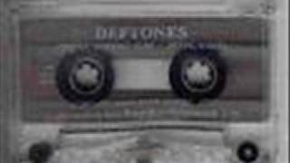 Deftones Rares - 7 Words Live 1992