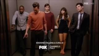 New Girl: Jess e Paul fanno sesso in ascensore. 1x08 Ita