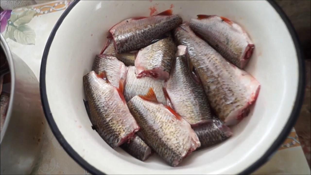 Рыбные котлеты из речной мелочи