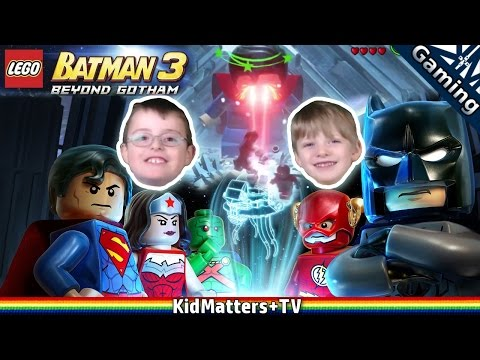 LEGO Batman 3 Beyond Gotham: Bad Superman, Fighting at the Fortress of Solitude [KM+Gaming S01E33]