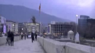 Viaggio nei Balcani. Skopje (MAC). 00338 - piazza macedonia