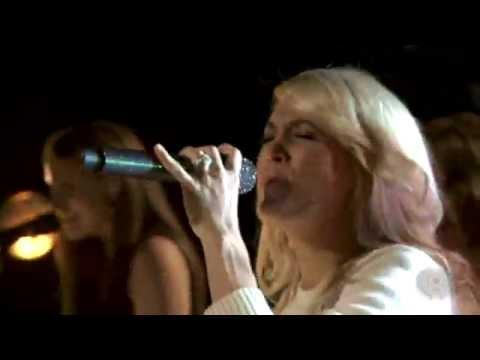 Carrie Underwood - Good Girl - iHeartRadio