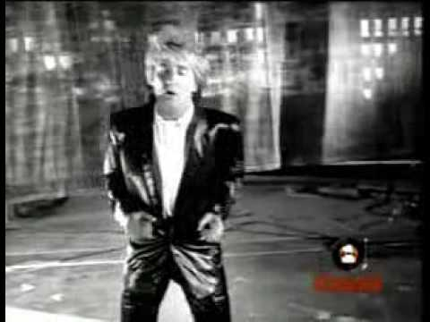 Rod Stewart Twisting The Night Away