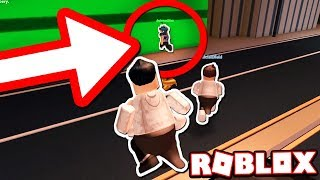 ARRESTING NO CLIP HACKERS w / PENGUIN SUIT GLITCH!! (Roblox Jailbreak)