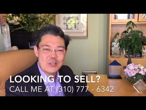 Christophe Choo reads a thank you note from a seller who's home he just SOLD in Bel Air Crest.