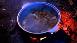 Как приготовить плов в казане(Как приготовить плов в казане. Простой рецепт аутентичного плова от наших друзей из Таджикистана. Все этапы..., 2011-07-18T02:07:07.000Z)