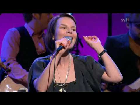 Anna Järvinen & Augustifamiljen - Fishermans Blues (Live På Spåret 2010)