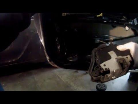 démonter serrure de porte bmw série 3 e46 coupé cabriolet - YouTube
