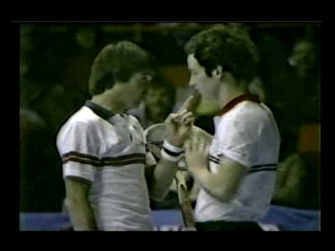 Chicago 1982 Michelob -  Connors vs McEnroe flare-up