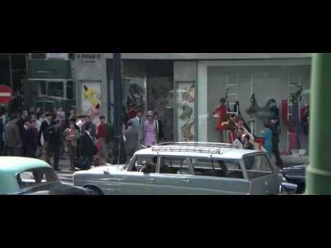 On Her Majesty's Secret Service Dating Scene