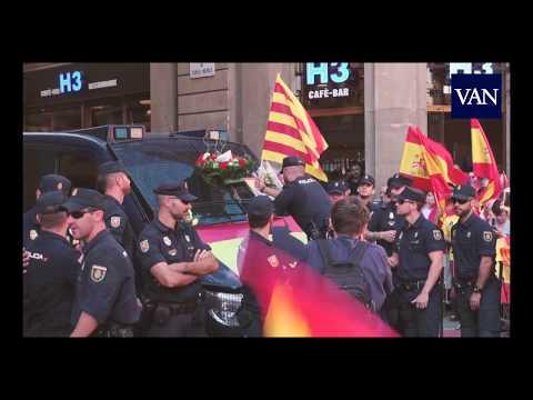 La manifestación en Barcelona muestra su apoyo a la Policía Nacional