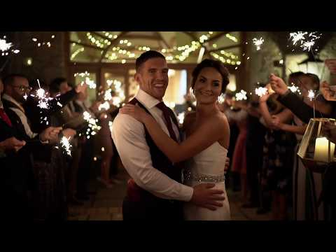 Oxleaze Barn Wedding // Fun Cotswalds Wedding Film