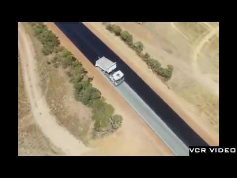Amazing high speed road construction   Australia