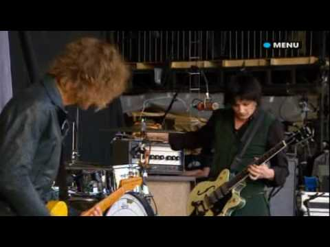 Glastonbury 2008 Live video The Raconteurs Level
