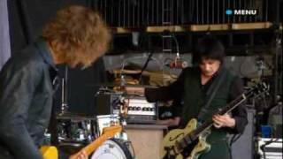Glastonbury 2008 Live video The Raconteurs Level