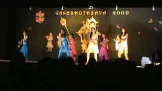 Young Australian girls dance, remix, choreograph for Indian Tamil Movie Songs