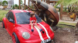 Kırmızı kaplumbağa araba🚗ve uğur böceği🐞izmir evrensel çocuk müzesi hareket eden kocaman böcekler