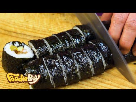 Kimbap with Burdock / Korean Street Food / Seongdong Market, Gyeongju Korea