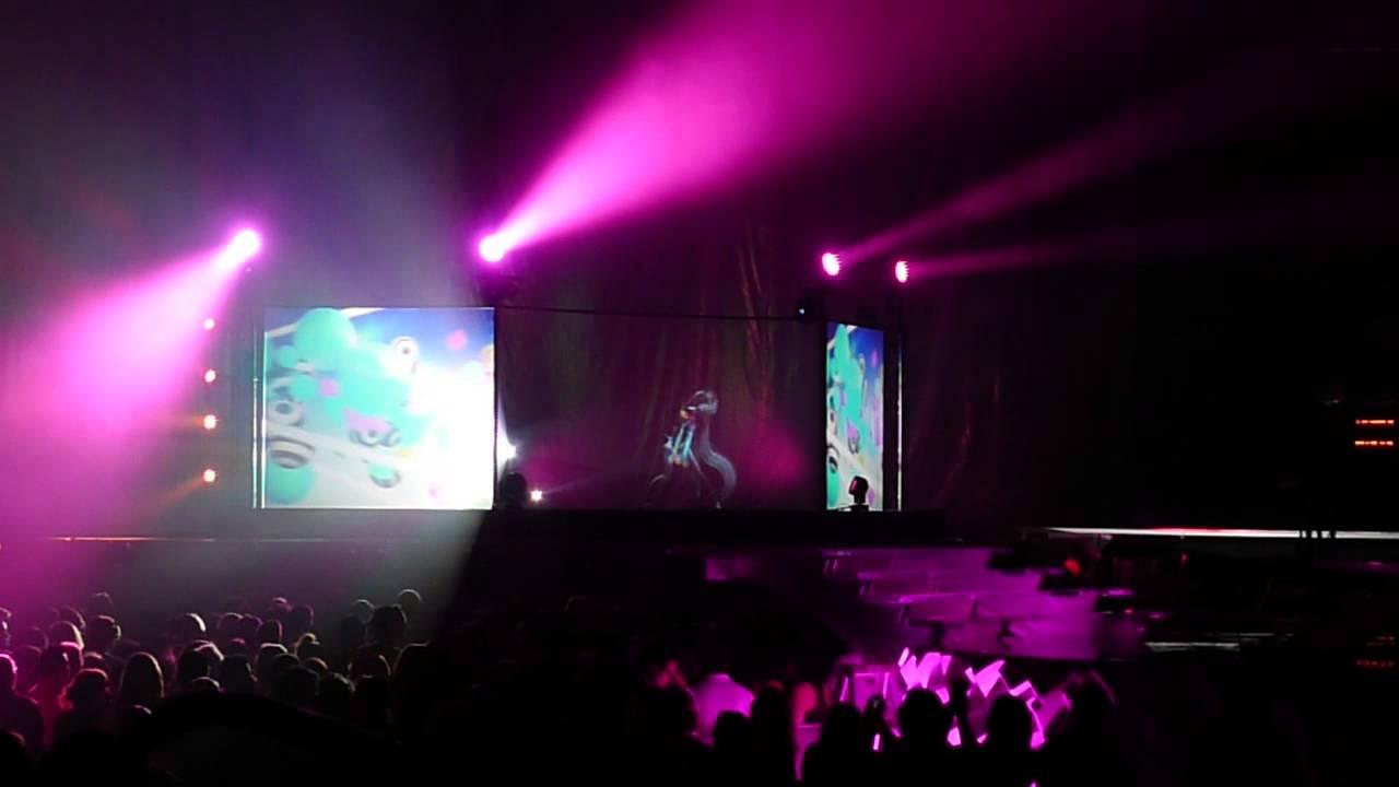 Hatsune Miku Full Opening For Lady Gaga May 20 2014 St