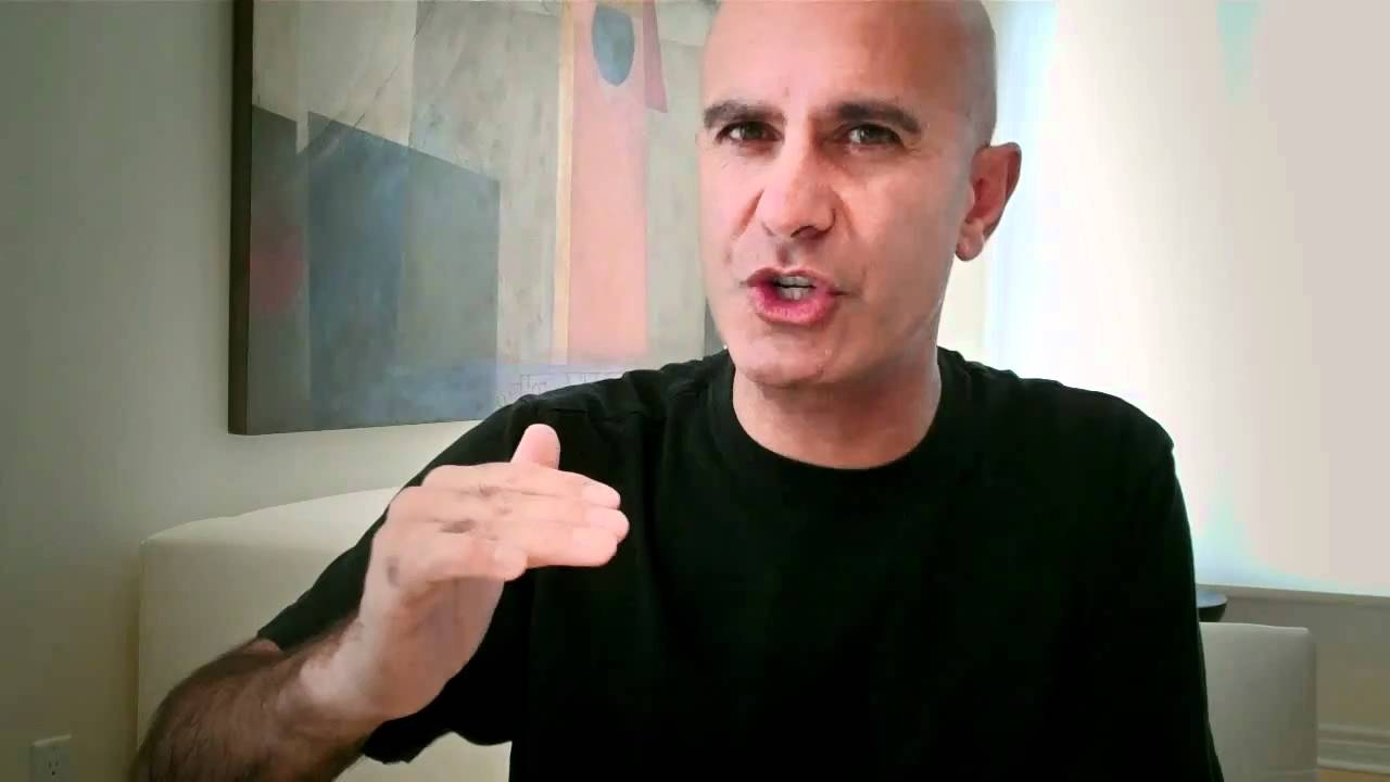 Robin Sharma - Your Absolute Best Year Yet 2017 [27 mp4, 27 mp3, 24 pdf]