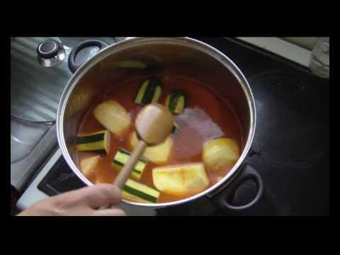 cuisine-tunisienne---couscous-au-poisson,-aux-coings-et-aux-pommes