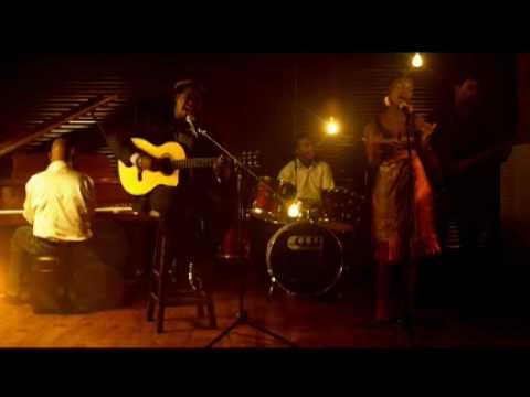 Ngimtholile - Afro'traction