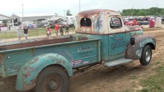 Central Illinois Truck Pullers - 2016 Montgomery County Fair - Butler, IL Truck Pulls