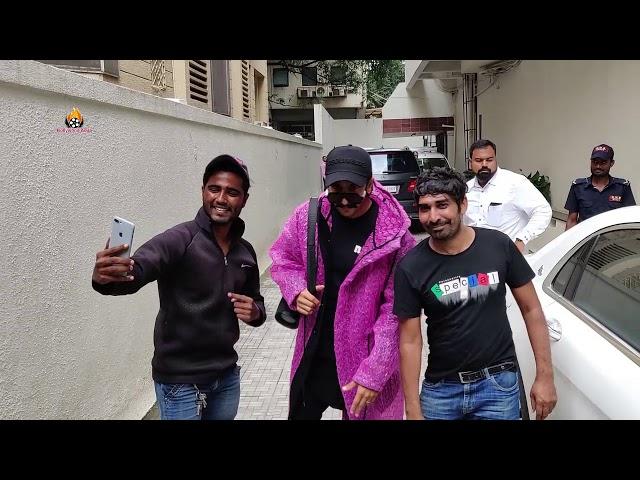 Ranveer Singh spotted at dharma office khar