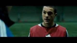 Урок футбола