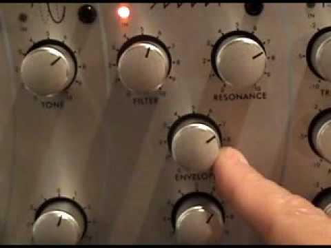 SWR Mini Mo Bass Pre Amp vs. Drum Machine