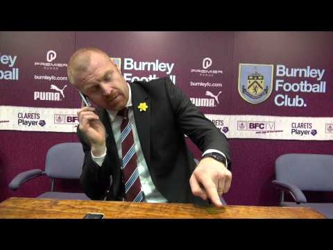 Sean Dyche answers journalist's phone