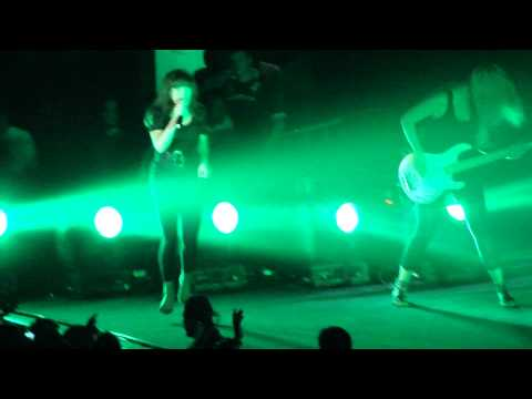 Moby - Feeling So Real @ Luna Park Argentina 29/4/10 (HQ)