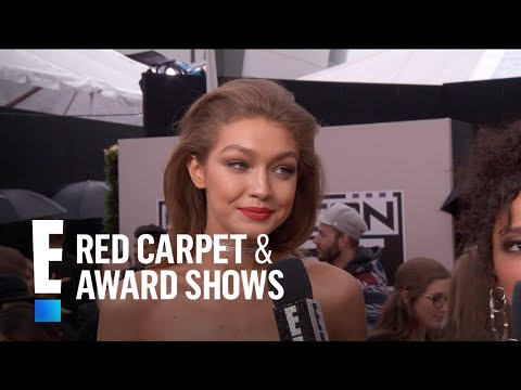 Gigi Hadid Stuns at 2016 American Music Awards | E! Live from the Red Carpet
