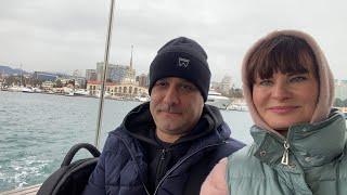 Морская рыбалка удалась Туристы попали в шторм Чешская пивница Улетаем домой