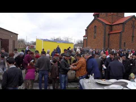 Буденновск. Армянская апостольская церковь. Пасха. Матах. (12.04.2015)