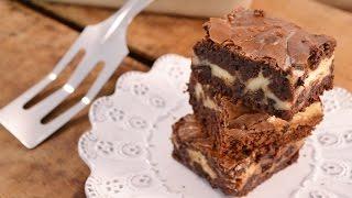 Chunky Cheesecake Brownies   RadaCutlery.com
