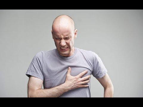 Вопрос: Как оказать первую помощь при сердечном приступе?
