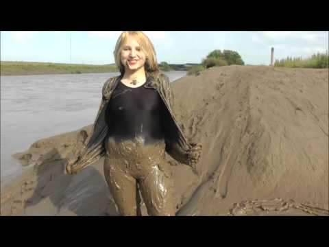 Women Naked In Deep Mud Pictures 72
