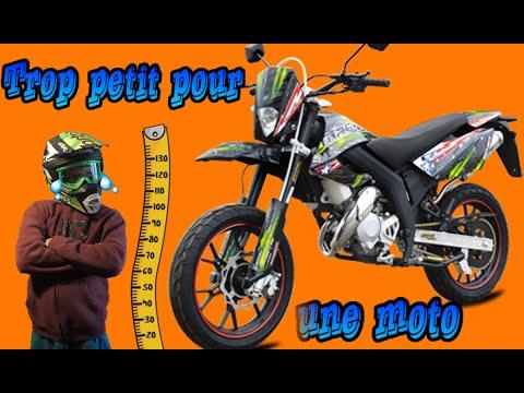 Comment conduire une moto quand on est petit