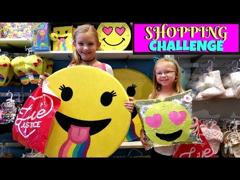 SISTERS BUY EACH OTHER OUTFITS! - $40 Shopping Challenge!