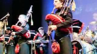 Red Hot Chilli Pipers - Highland Cathedral (Live)