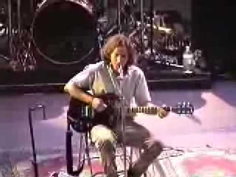 Pearl Jam- Ship Song (Red Rocks 1995)