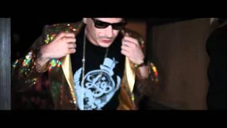 Смотреть клип Club Dogo - D.d.d. Dance Dance Dance