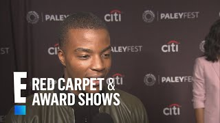Daniel Ezra Practiced His American Accent On & Off Set | E! Red Carpet & Award Shows