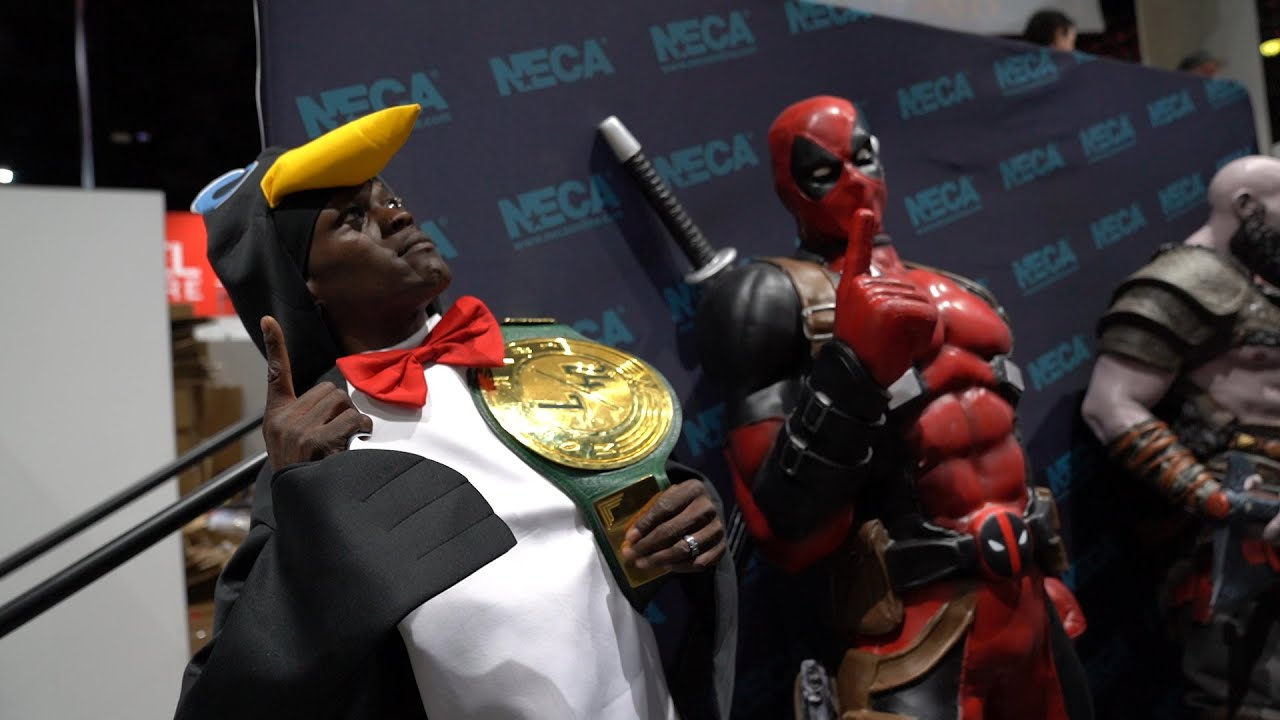 R-Truth tours SDCC as a penguin: WWE Exclusive, July 19, 2019