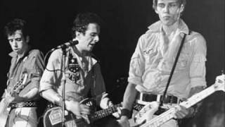 The Clash - Police and Thieves (Live in 1977)