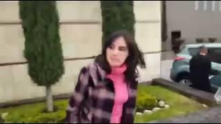 Vídeo: Zuripanta calenturienta es pillada por su novio saliendo del motel con su jefe