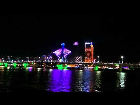Đèn led cầu quay Sông Hàn