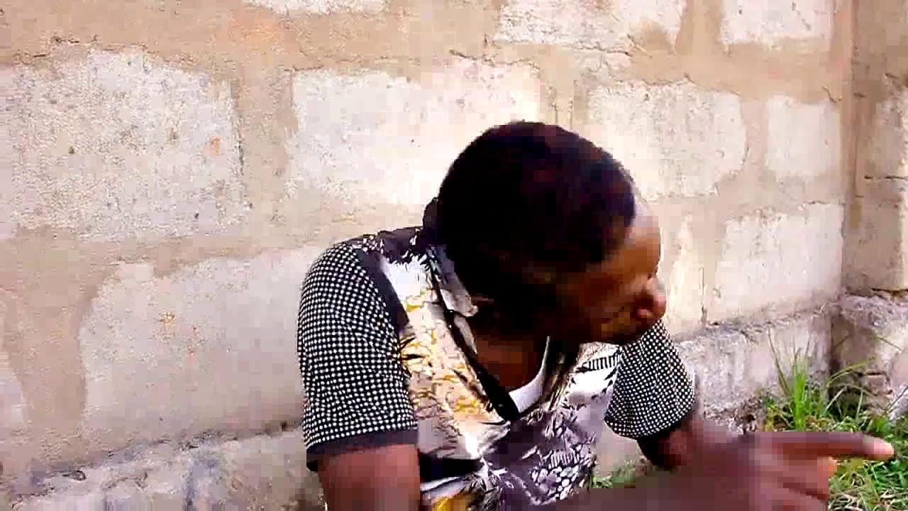 Download Kinyambe amkopesha mtu pesa ili akabadilishe sura sasa hajui aliemkopesha